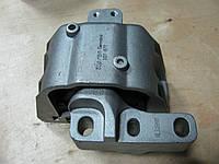 Подушка двигателя правая VW Golf IV, Bora 1J0199262BF