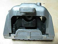 Подушка двигателя правая Skoda Octavia A5, Superb II 1.9TD 1K0199262AS