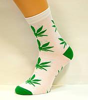 Цветные высокие носки с коноплёй хлопковые белого цвета