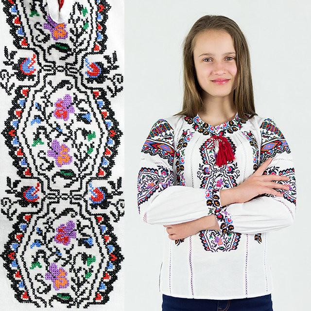 Вышиванка для девочки сказка на домотканой ткани  продажа b64e47a36655a