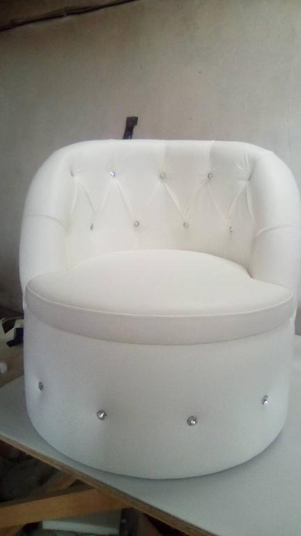 Крісло Тюльпан з каретною затяжкою. 4