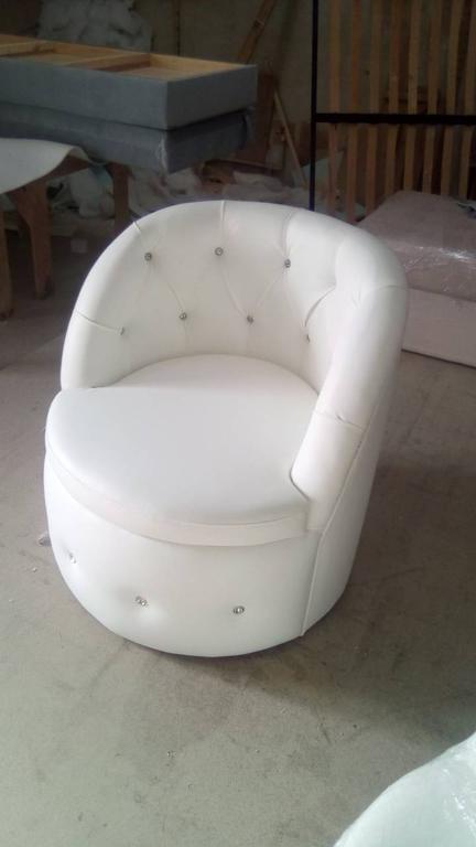 Крісло Тюльпан з каретною затяжкою. 6