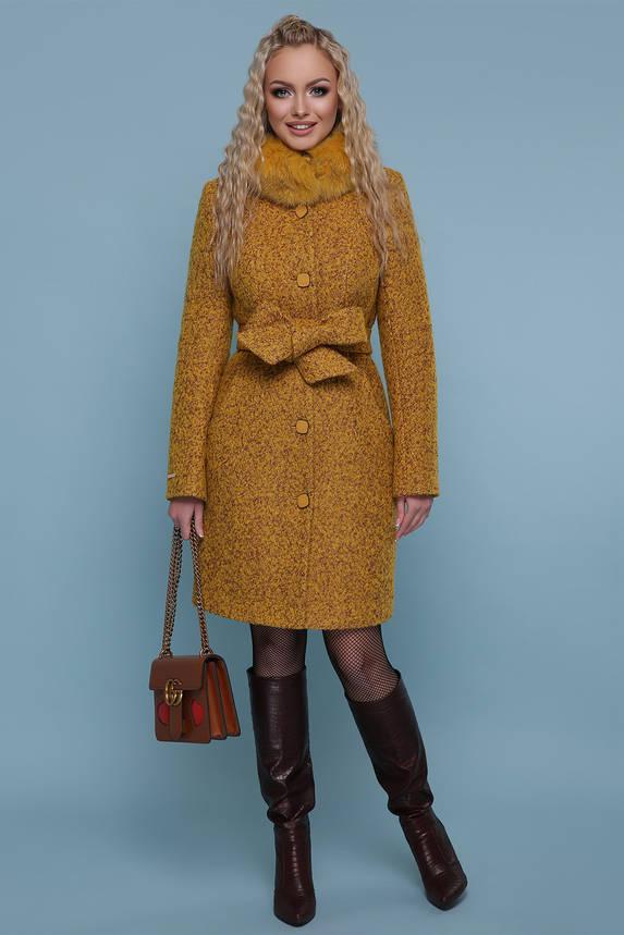 Зимнее пальто с меховым воротником горчичный, фото 2