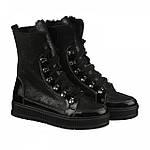 Стильные зимние ботинки чёрного цвета на высоком подъеме