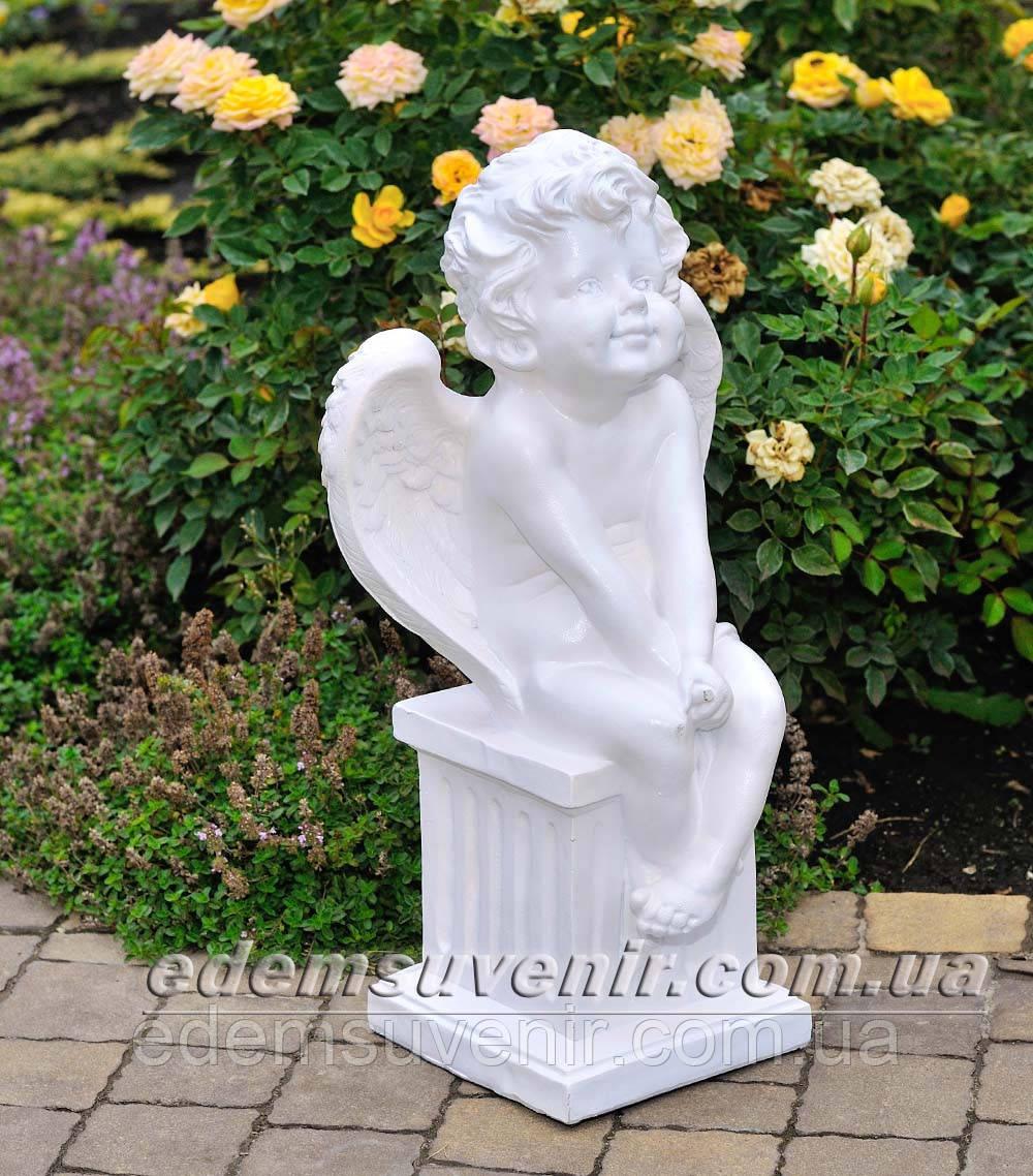 Фигура Ангел на колонне