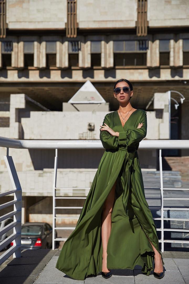 3eb1ed71857 Длинное шелковое платье на запах - Solodkova в Харькове