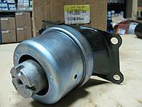 Подушка двигателя правая VW T5 2.5TDI 7H0199256H Maxgear