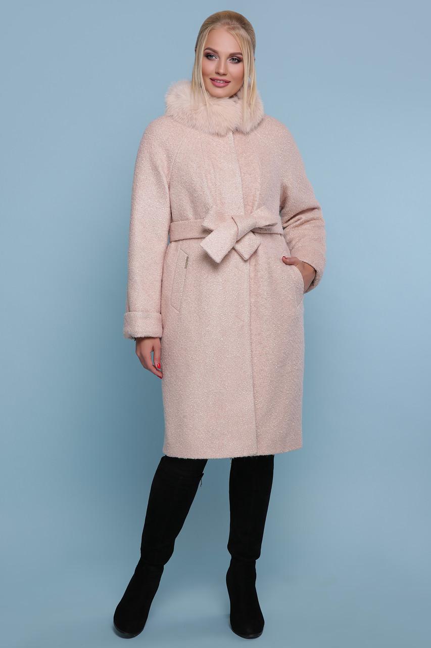 Женское зимнее пальто с меховым воротником пудра
