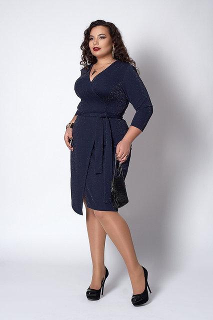 3100f5ac9f5bfea Вечернее платье для полных женщин с люрексовой нитью и глубоким декольте