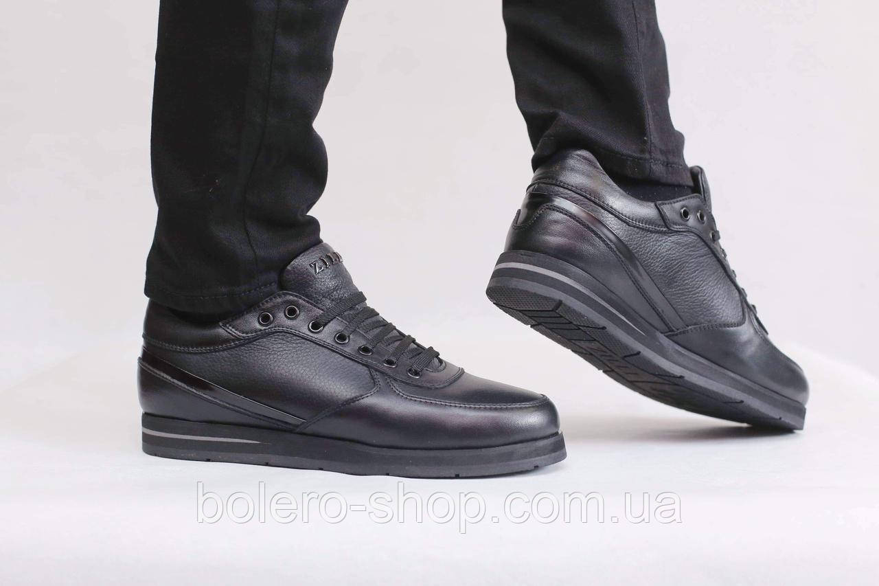 Кроссовки черные Zilli