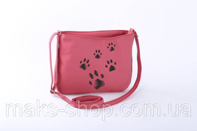 9ec7aec9f2e4 Молодежная сумка из искусственной кожи, станет ярким аксессуаром на каждый  день. В сумочку поместятся все необходимые мелочи. Сумочка на длинном  ремешке, ...