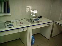 Стол лабораторный