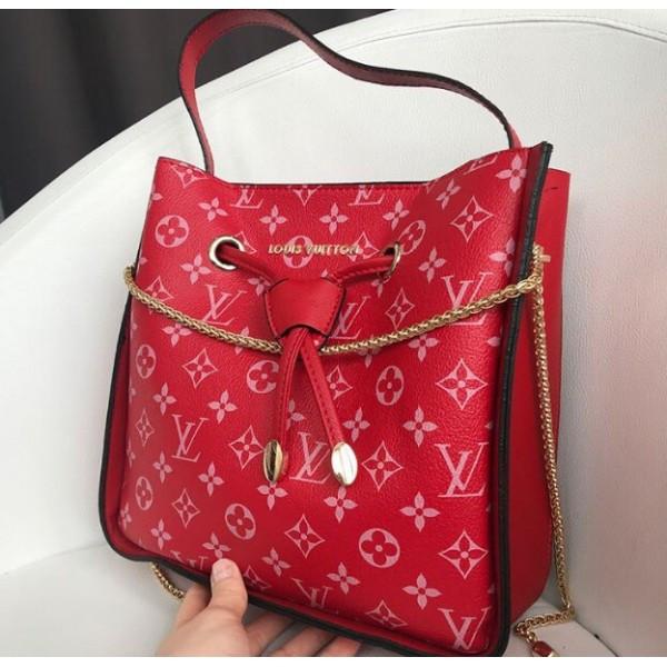 Женская Сумочка Louis Vuitton (Луи Витон), Красный Цвет — в ... a2bbe371b14