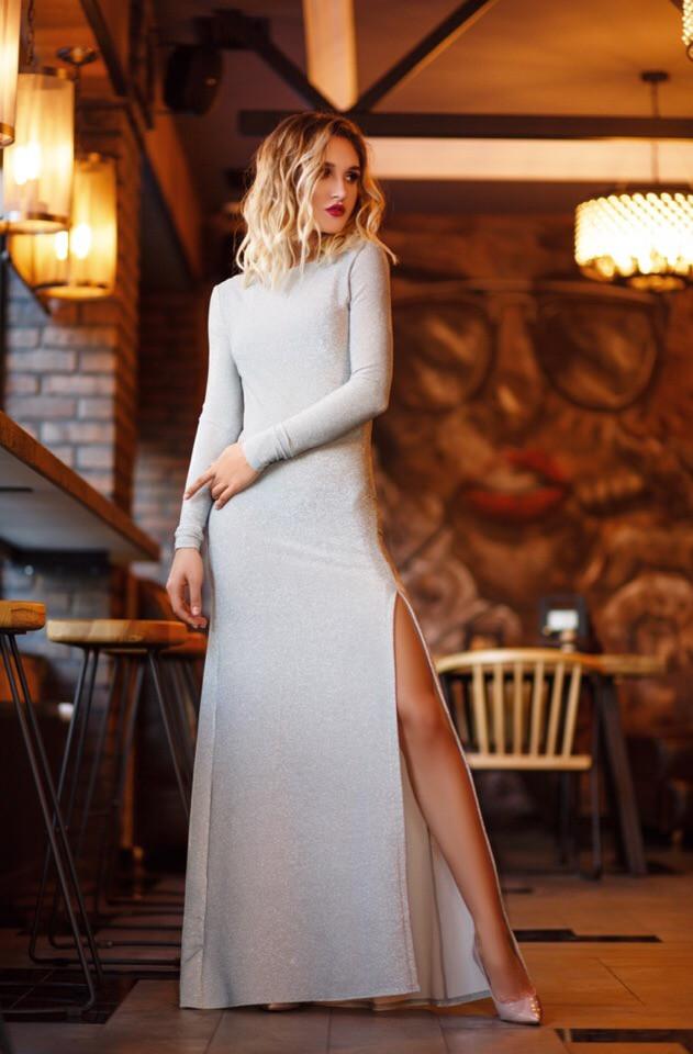 """Длинное облегающее платье люрекс """"Narina"""" с разрезом и открытой спиной (3 цвета)"""