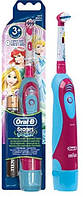 Oral-B зубная щетка детская DB4.510 (принцесы) на батарейках, фото 1