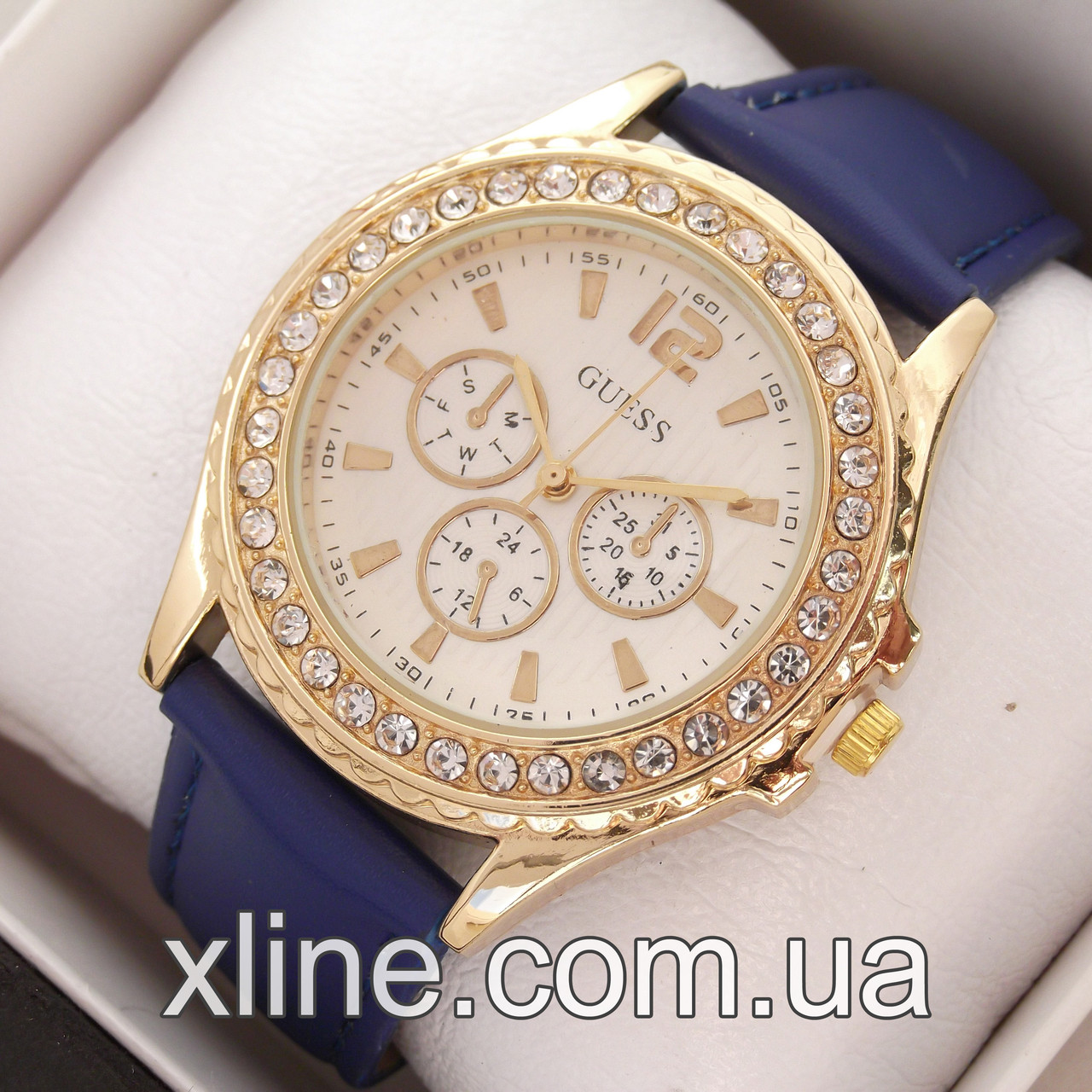 Жіночі наручні годинники Guess M179 на шкіряному ремінці