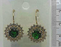 Золотые серьги с зелеными камнями и стразами оптом .149