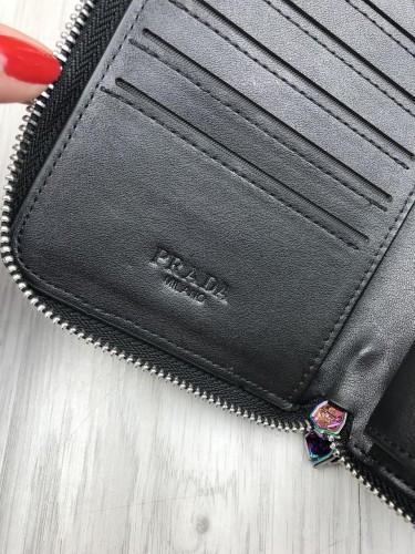 e8eb041f4413 ... Брендовый кожаный кошелек Prada черный клатч на молнии с ремешком  женский мужской кожа бумажник Прада реплика