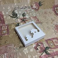 Коробка Белая Новый год для пряников, печенья 150*150*30 (с окошком), фото 1