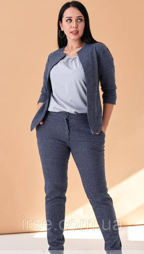 35853a65680 Женский теплый брючный костюм с жакетом синего цвета. Модель 19972. Размеры  50-56