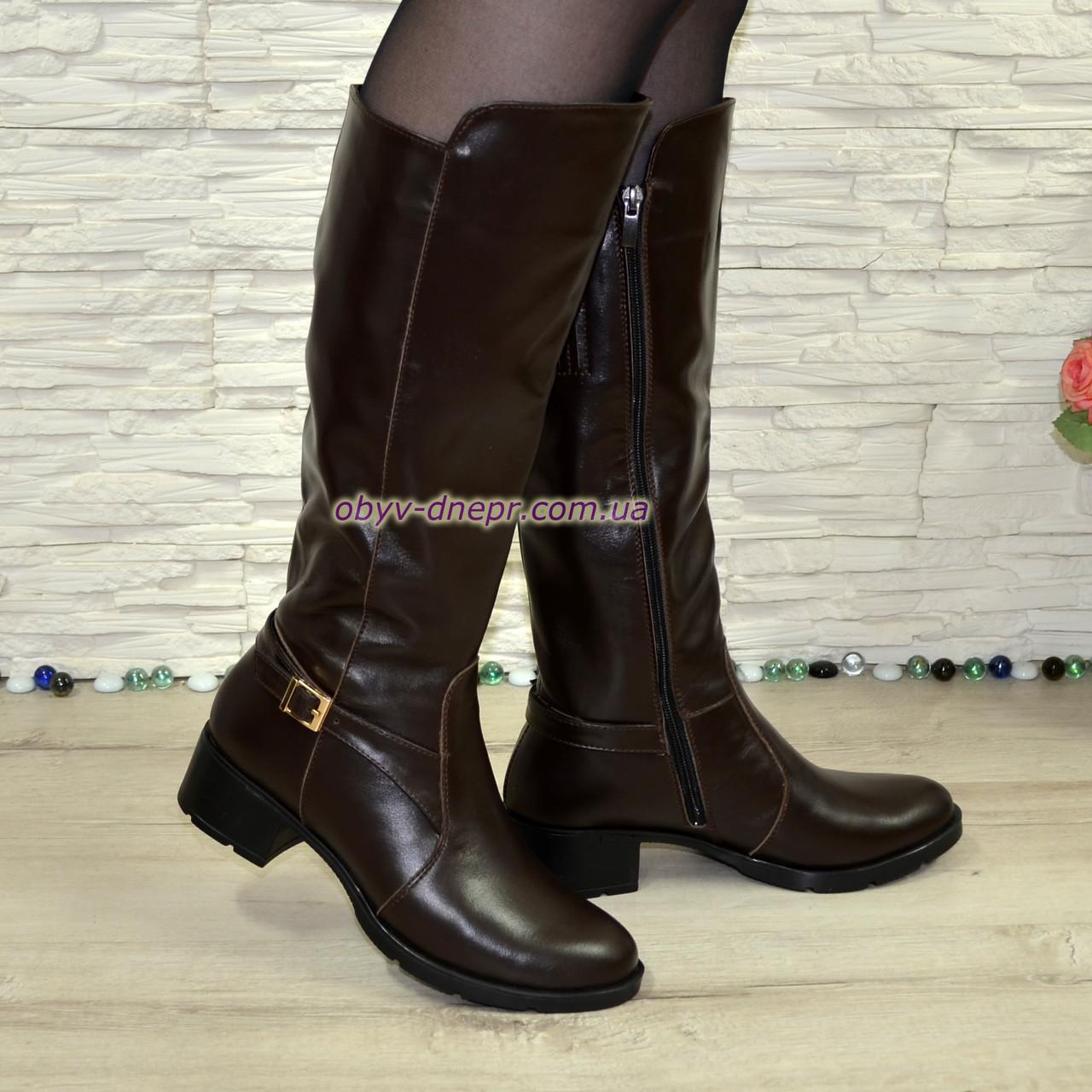 Сапоги женские зимние на невысоком каблуке, натуральная коричневая кожа.