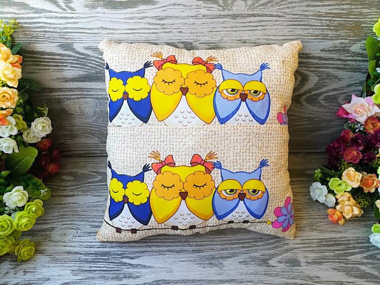 Подушка три совы (сшивная), 31 см * 31 см