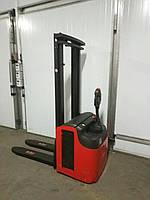 Штабелер электрический поводковый MANITOU 1,4kg 3,40m