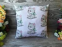 Подушка  котенок с салатовым бантом , 31 см * 31 см