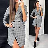 Женское стильное платье-пиджак в клетку с крупными пуговицами, фото 4