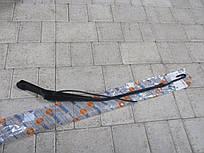Рычаг стеклоочистителя правый AUTOTECHTEILE 8206 MERCEDES SPRINTER, VOLKSWAGEN LT 96-00
