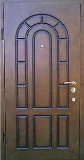 Бронированная дверь (обклад фанера)