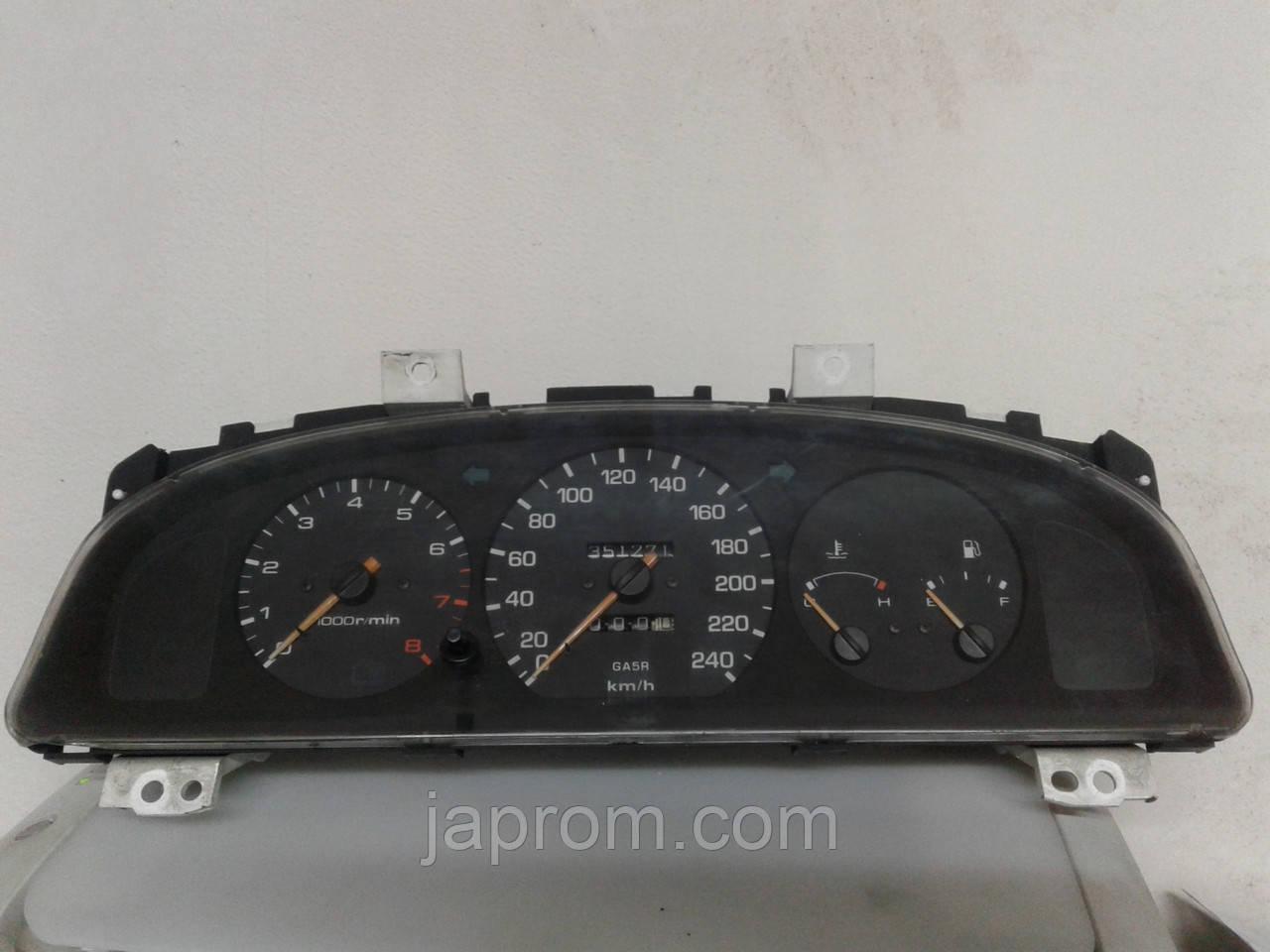 Панель щиток приборов Mazda 626 GE 1992-1997г.в. 2.0 бензин GA5R