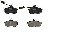 Колодки тормозные передние к-кт  AUDI 100  200  80  90 CHERY A5