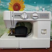 Электромеханическая швейная машинка Привилег 1510