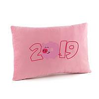 """Подушка подарочная новогодняя 2019 """" 2019 piggy year """" прямоугольная"""