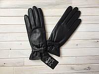 Женские кожаные перчатки черные, утепленные, на шерсти