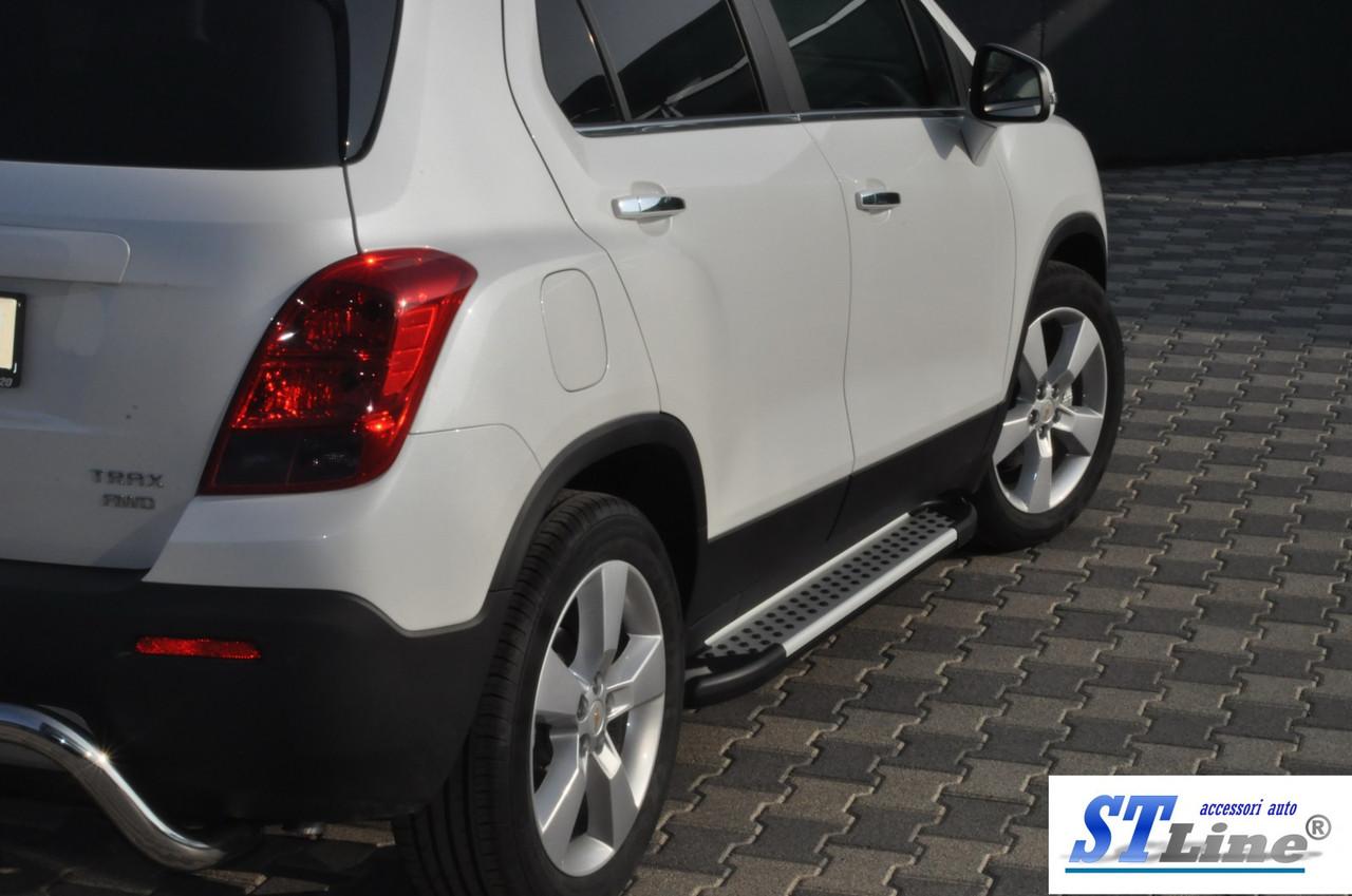 Боковые площадки Allmond (2 шт., алюминий) - Chevrolet Trax 2012+ гг.