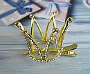 Корона в камнях на заколке уточке золотистая, фото 4
