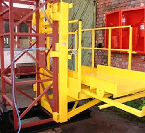 Высота подъёма Н-95 метров Мачтовый-мачтовые подъёмник-подъёмники для строительства грузовой  ПМГ г/п 500 кг .