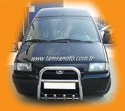 Кенгурятник QT006 (нерж) - Citroen Jumpy 1996-2007 гг.