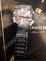 Часы Gucci 115818 женские с календарем серебристые с розовым циферблатом металлический браслет 35мм