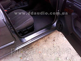 Накладки на пороги (4 шт, Carmos) - BMW 5 серия E-34 1988-1995 гг.