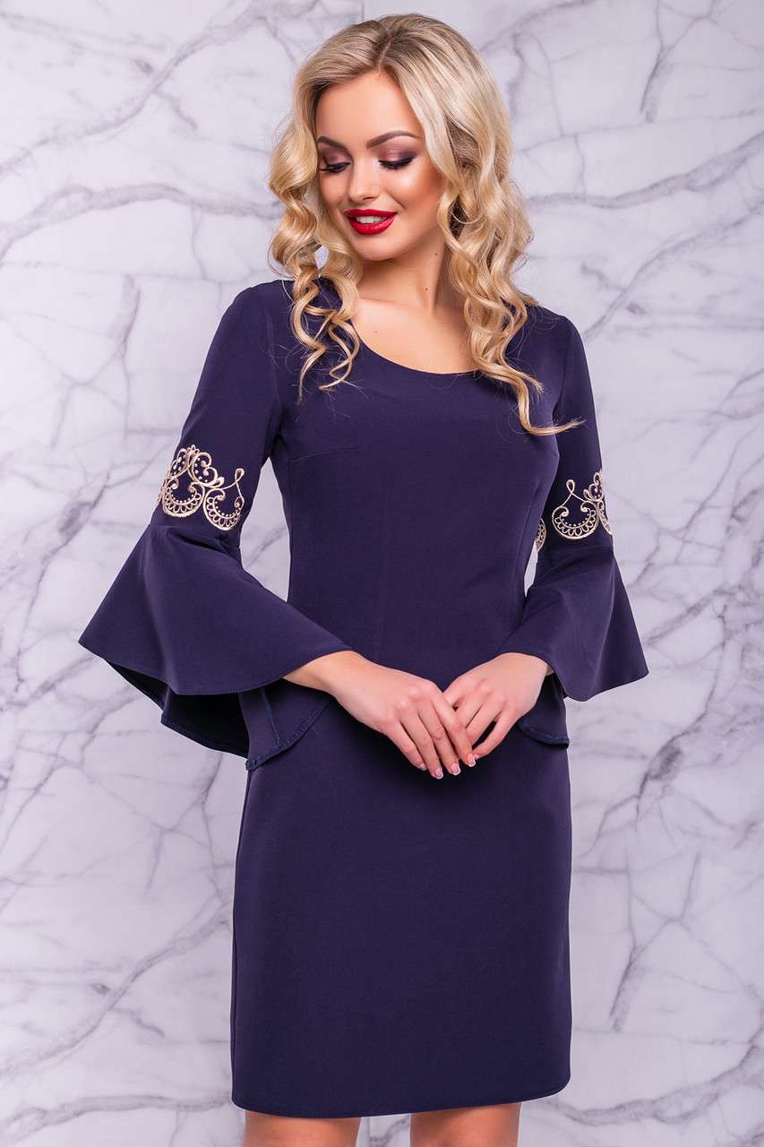 Синее роскошное платье с роскошными рукавами