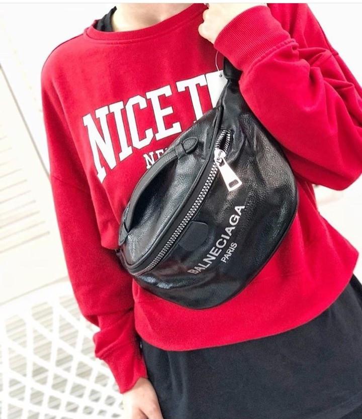 5bff5fcb36e085 ... Женская поясная сумка бананка Balneciaga (Балнесиага), красный цвет,  фото 6