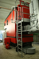 Промышленный водогрейный котел на щепе, биомассе Komkont CH Compact 250 квт