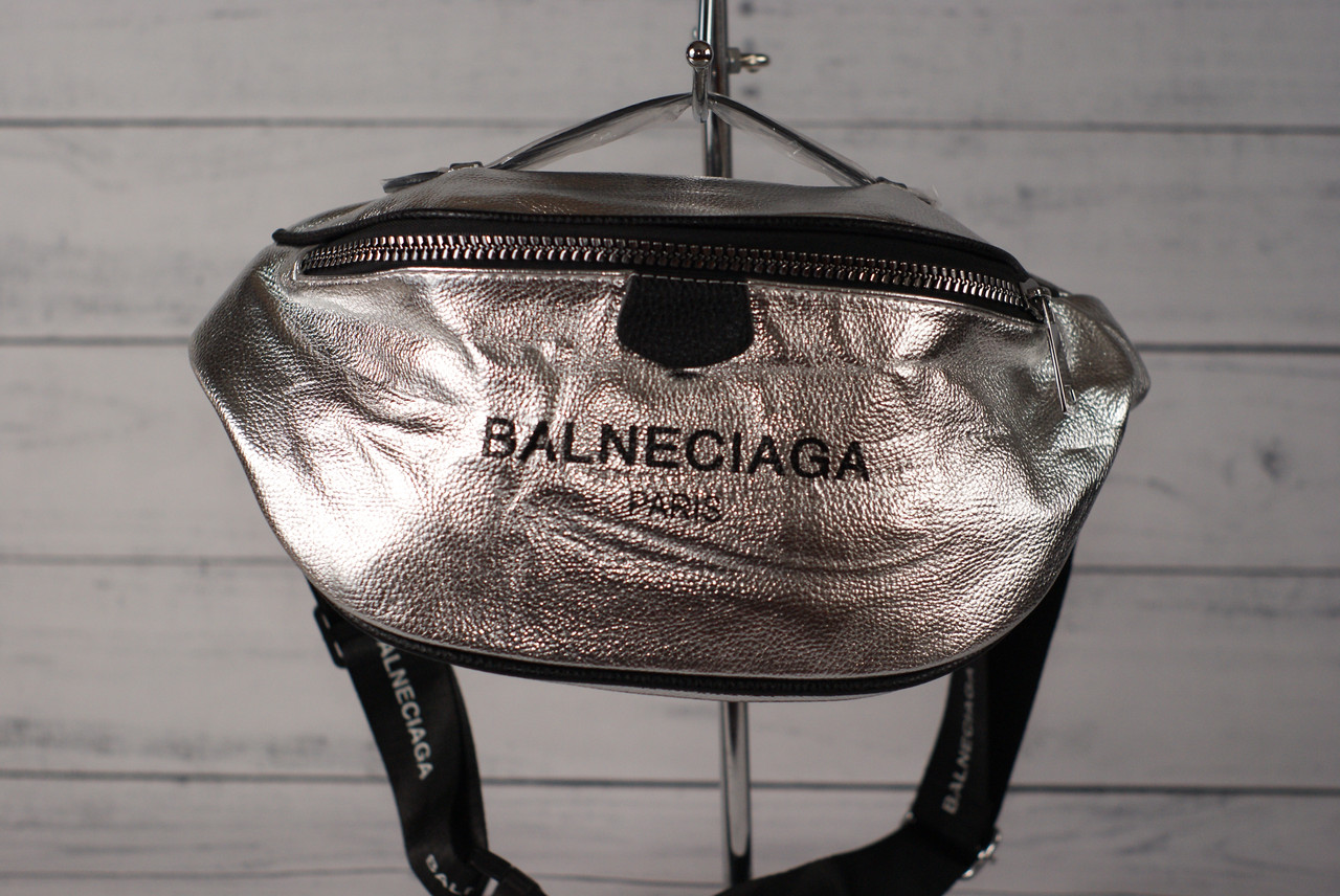Женская поясная сумка бананка Balneciaga (Балнесиага), серебристый цвет