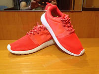 Женские летние кроссовки Nike Roshe Run 40 Красный