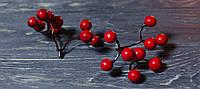 Искусственные ягоды красные
