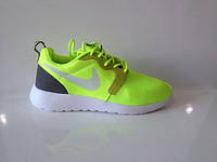 Женские летние кроссовки Nike Roshe Run 40 Зеленый