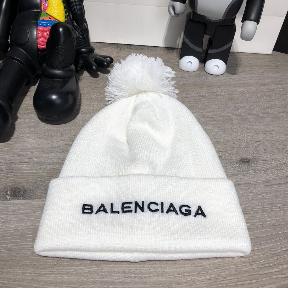 Balenciaga Winter Hat Knitted Pompon White